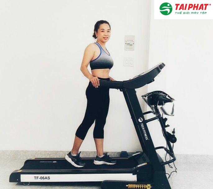 Máy chạy bộ điện Tech Fitness TF-06AS đa năng sự lựa chọn hoàn hảo khi tập thể dục tại nhà.