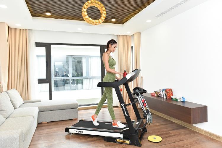 Máy chạy bộ Tech Fitness TF-07AS nâng tầm đẳng cấp sống.